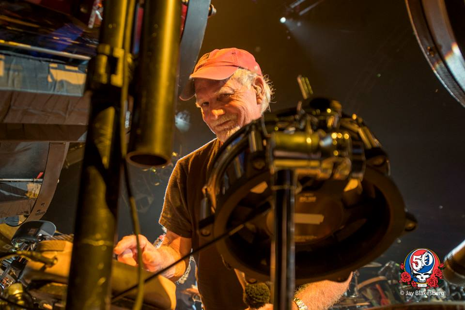 10 Amazing Things You Never Knew About The Grateful Dead | Grateful dead, Bob weir, Grateful